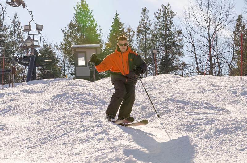 Slopes_1-17-15_Snow-Trails-73863.jpg