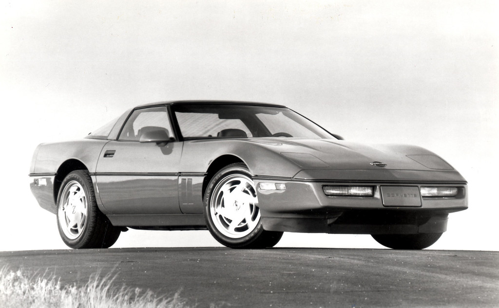 . 1989 Corvette: Chevrolet\'s Corvette ZR1 will be available in spring 1989.  Daily News file photo