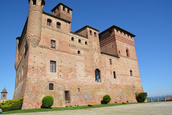 Location No. 4 | Castello di Grinzane Cavour