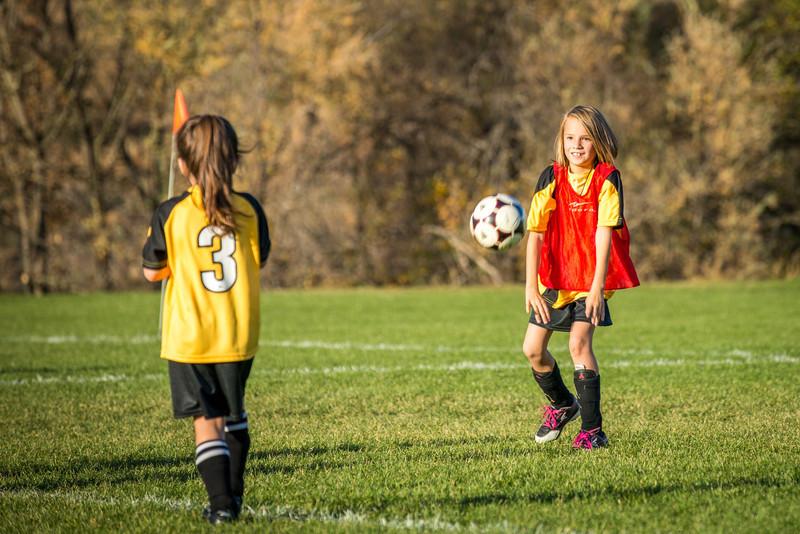 11-09 Sora Eagles Soccer-129.jpg