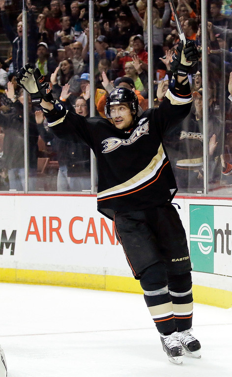 . Anaheim Ducks right wing Teemu Selanne celebrates his goal during the second period of an NHL hockey game against the Colorado Avalanche in Anaheim, Calif., Sunday, Feb. 24, 2013. (AP Photo/Chris Carlson)
