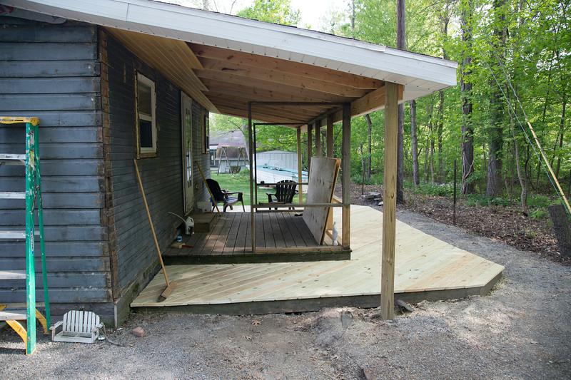 Ringtail Inn Porch Revovation-101.jpg