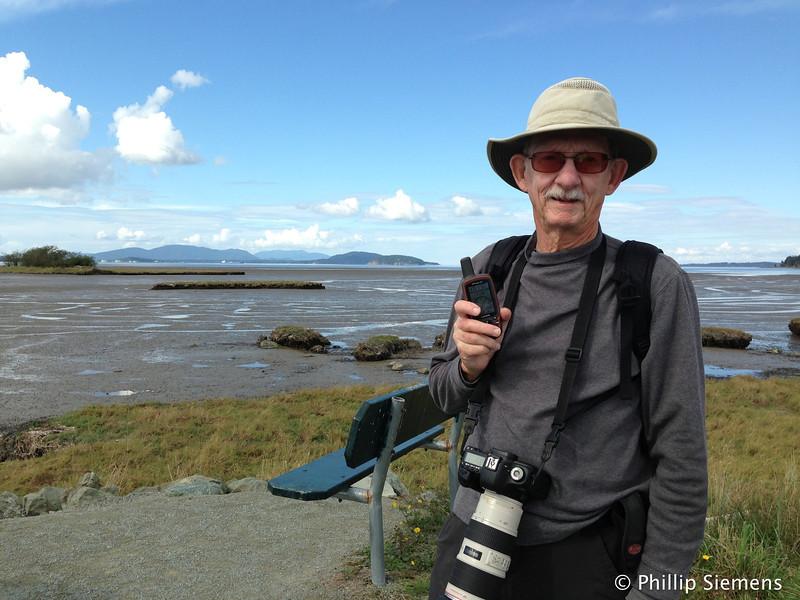 Geocaching along shoreline trail of Padilla Bay