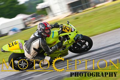 Race 13 - 600 Superbike Exp & Nov