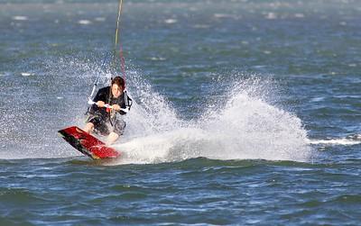 Random Estuary Kiteboarding - Oct09