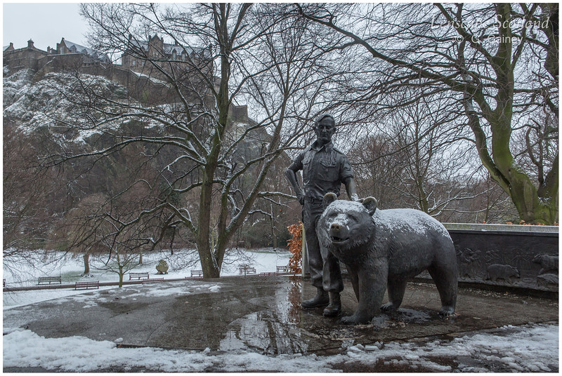Wojtek the bear statue, West Princes Street Gardens (3)