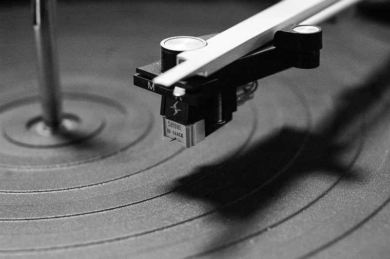 20100110_turntable_011bw2.jpg