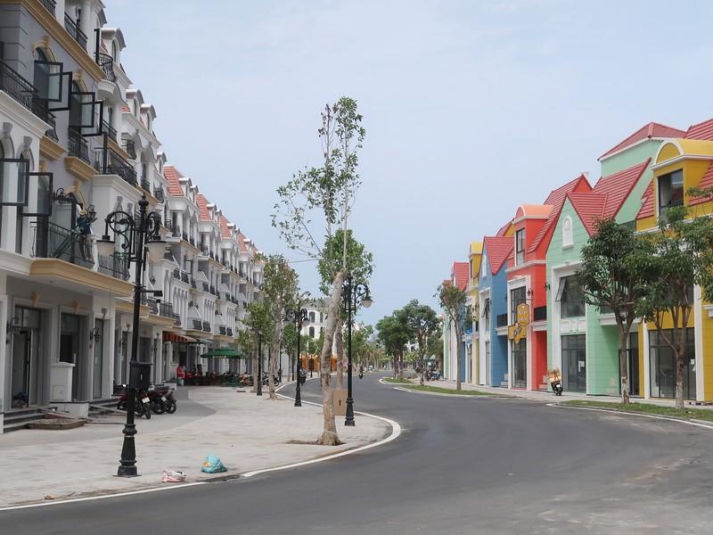 IMG_9534-mixed-style-shophouses.jpg