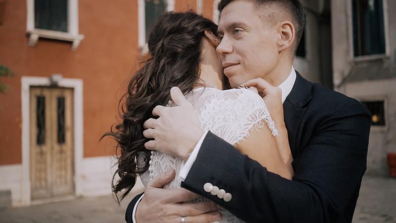 Tu-Nguyen-Destination-Wedding-Photographer-Elopement-Venice-Italy-Europe-w62a27.jpg