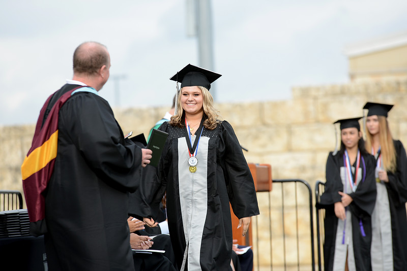 Vandegrift-HS-Graduation_014.jpg