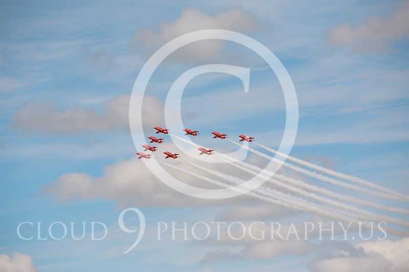 Red Arrows 00010 British RAF Red Arrows by Peter J Mancus.JPG