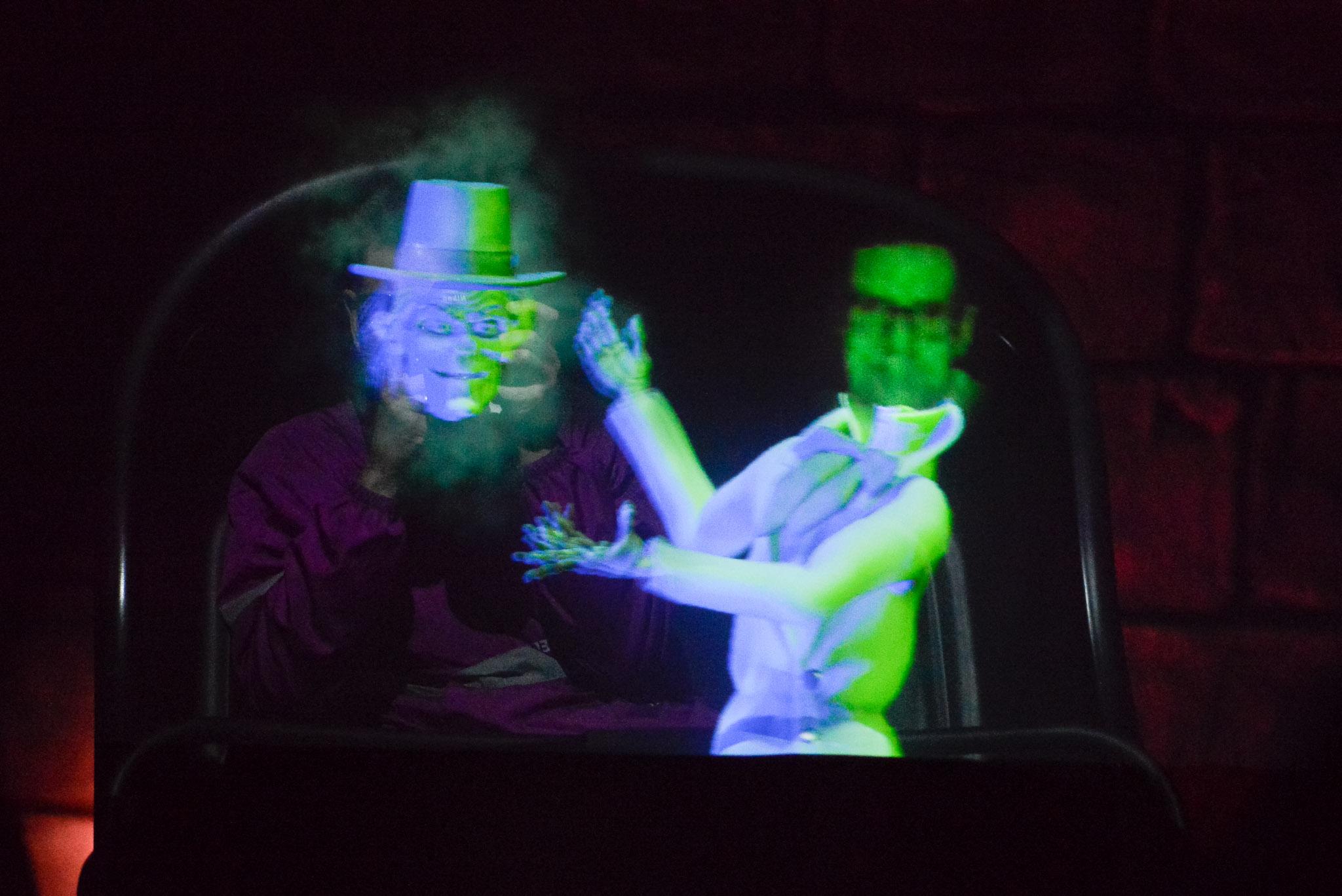 Haunted Mansion Head Swap - Walt Disney World Magic Kingdom