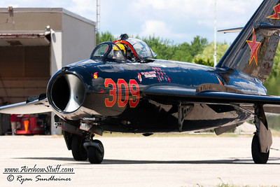 Will Ward MiG-17 Aerobatic Certification 2011