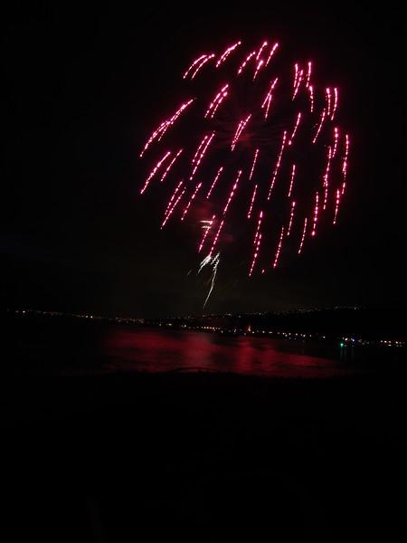 Hawaii - July 4th Fireworks-10.JPG