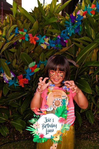 Joie's Birthday Luau-104.jpg