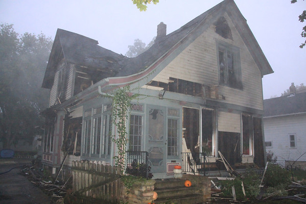 Burlington Fire Department Wisconsin 3rd Alarm House Fire