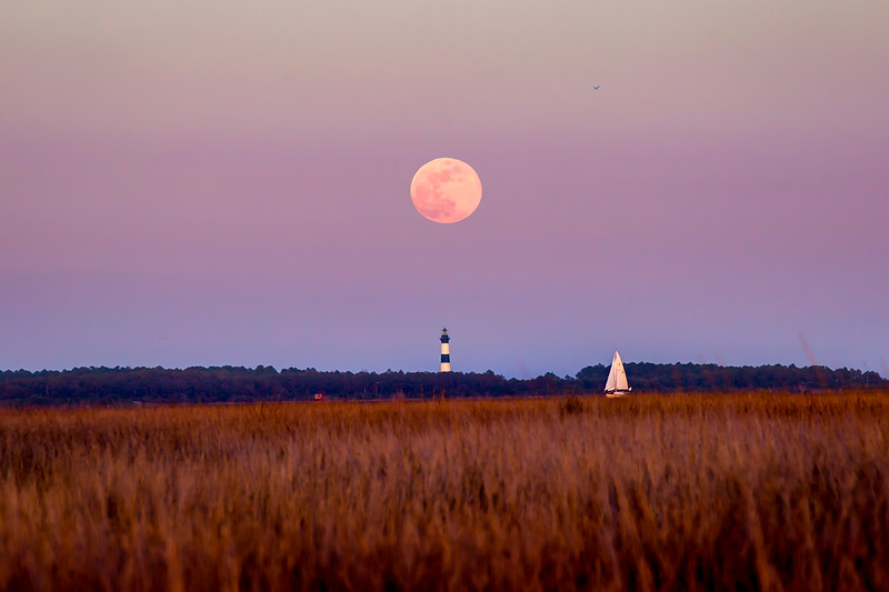 Bodie Lighthouse Moonrise