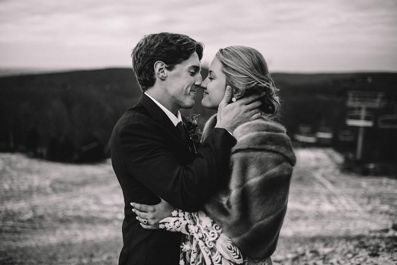 Requiem Images - Luxury Boho Winter Mountain Intimate Wedding - Seven Springs - Laurel Highlands - Blake Holly -1445.jpg
