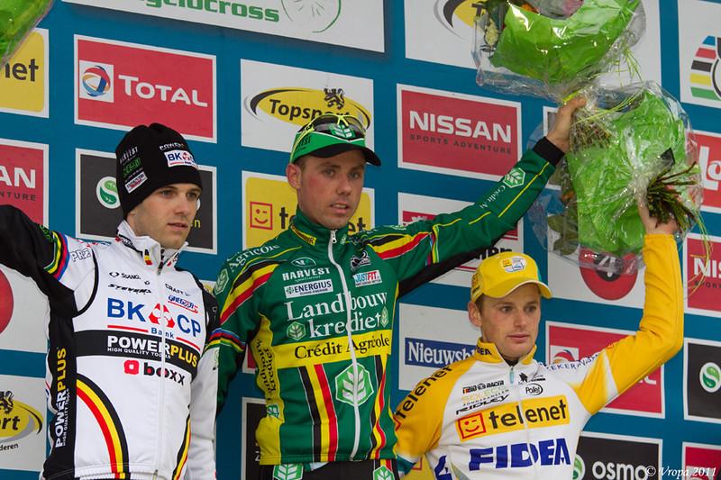 Podium elite 2011.jpg