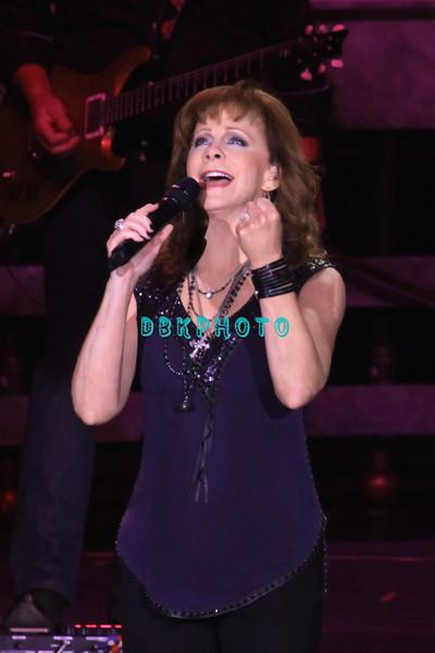 DBKphoto / Reba McEntire 08/18/2012