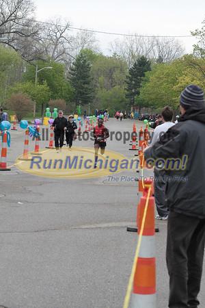 Marathon Finish - 2012 Martian Invasion of Races