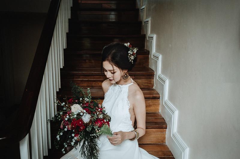 Tu-Nguyen-Destination-Wedding-Photography-Elopement-Vietnam-Pali-Louis-w-61.jpg