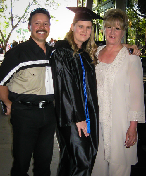 Grad Day with parents2.jpg