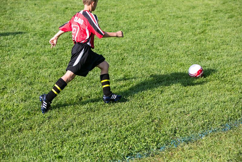 amherst_soccer_club_memorial_day_classic_2012-05-26-00764.jpg
