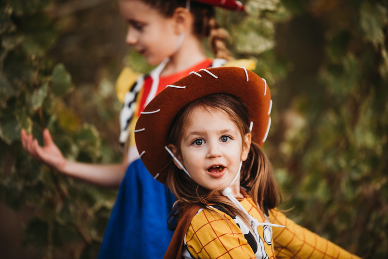 Madi and Abby Halloween 2019-9636.jpg