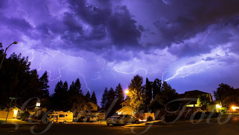 Lightning_Storm_Dixon_California.jpg