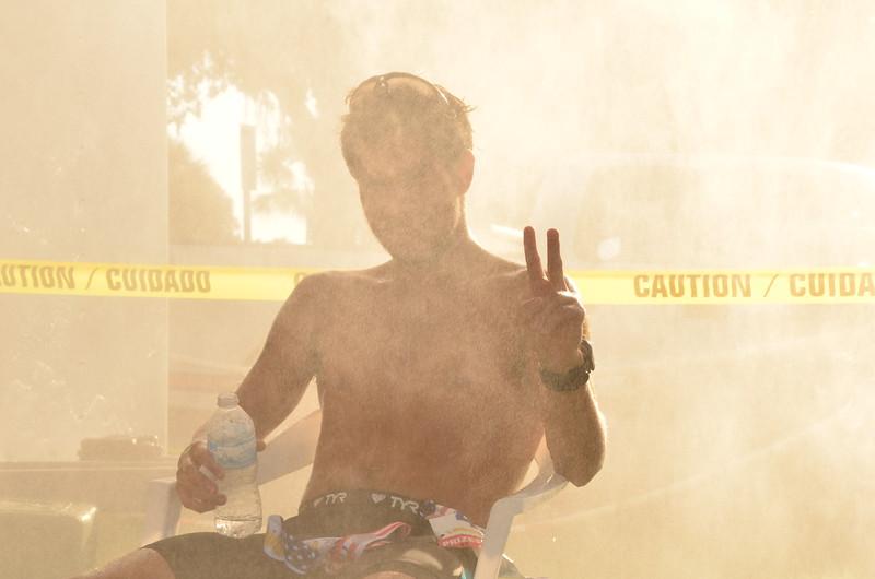 camilo acossta cools down in mist.JPG