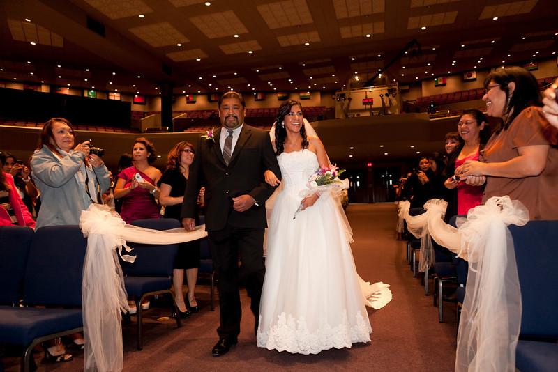 2011-11-11-Servante-Wedding-86.JPG