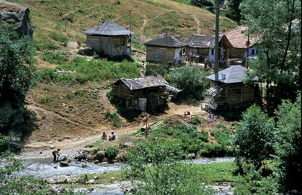 כפר צוענים.jpg