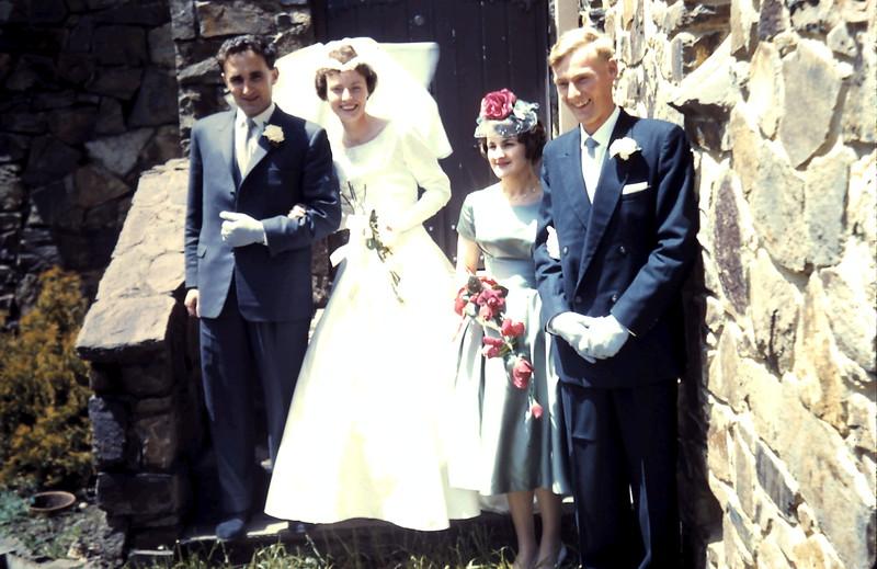 1960-11-5 (4) John, Gill, Denise & Graham.JPG