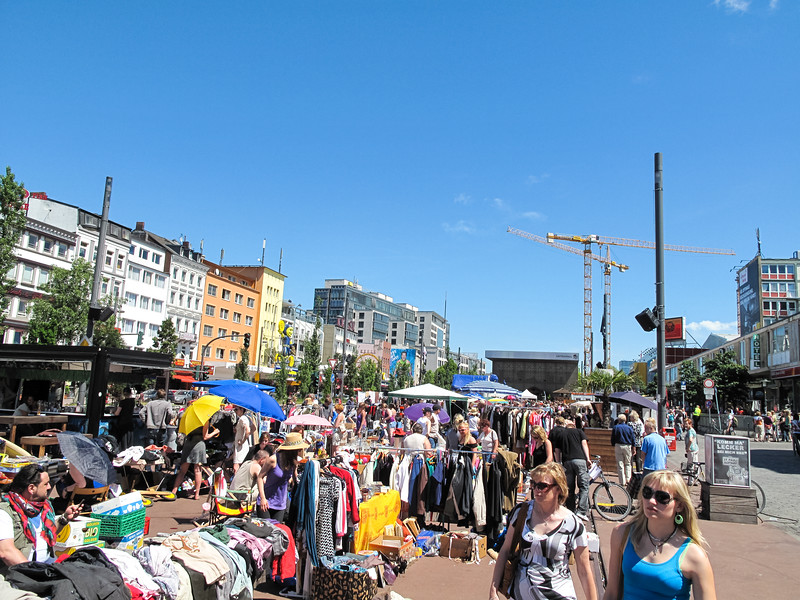 2010-06-06-Flohmarkt 75.jpg