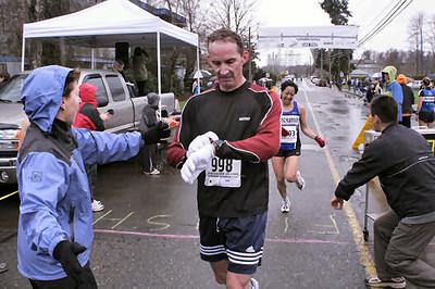 2005 Comox Valley Half Marathon - ComoxHalf2005-Al-Livsey-067.jpg