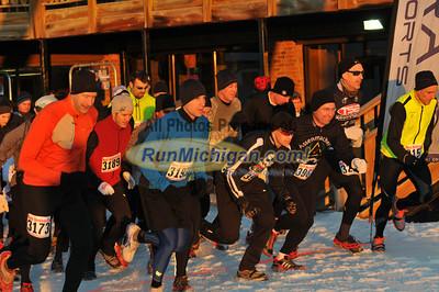 Start and Pre-Race - 2012 Kahtoola Michigan Mt. Run