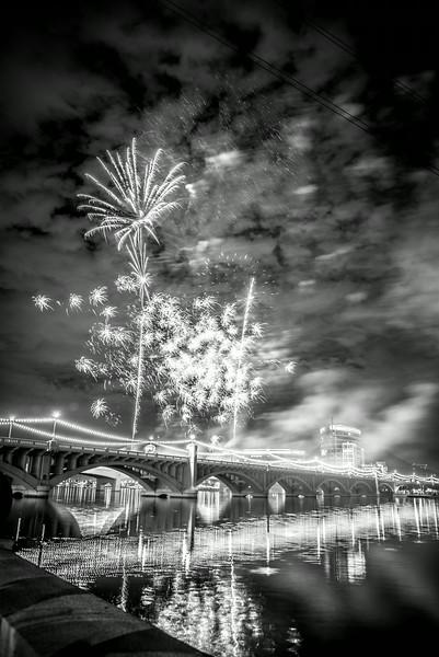 Fireworks_Tempe_2014-21.jpg