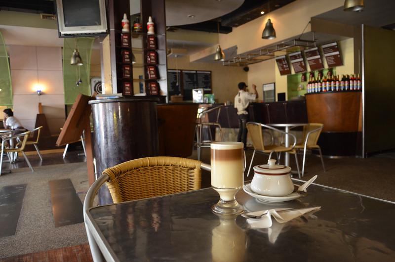 DSC_3782-cafe-latte-cafe-aroma.JPG
