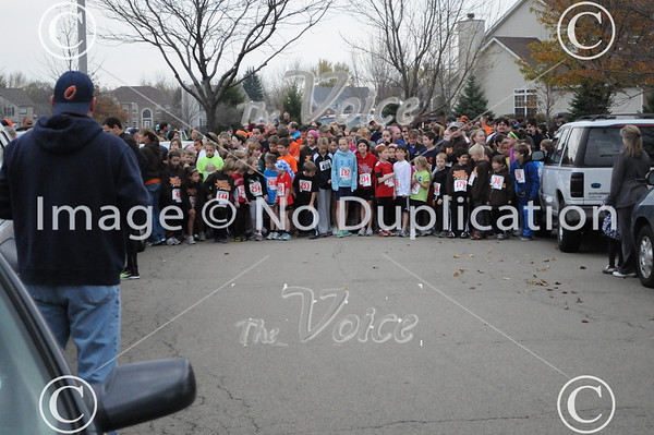 Oswegoland Park District Gobbler Hobbler 10K & Mashed Potato Mile at Fox Chase Elementary School in Oswego, IL 11-10-12