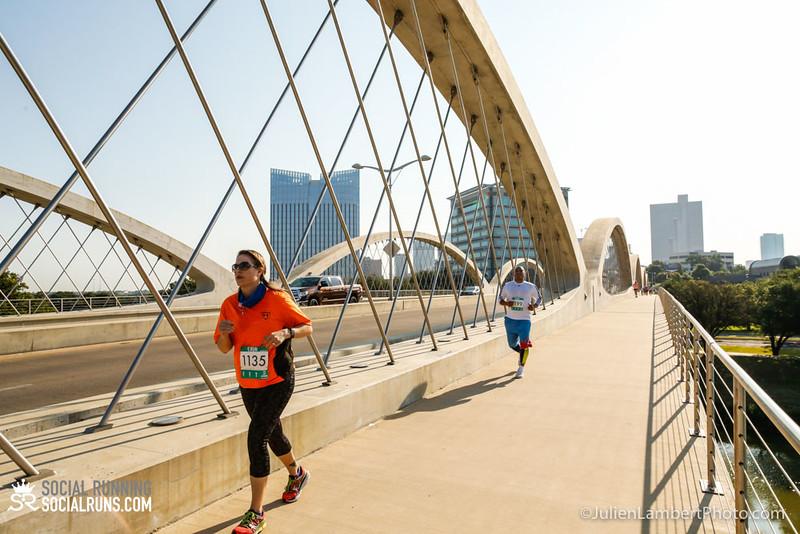 Fort Worth-Social Running_917-0338.jpg