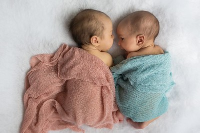 Newborn tweeling fotoshoot Nieuwegein