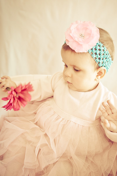 Lily at 6 months-4752-2.jpg