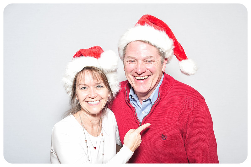 WDTN-TV-Holiday-Photobooth-31.jpg