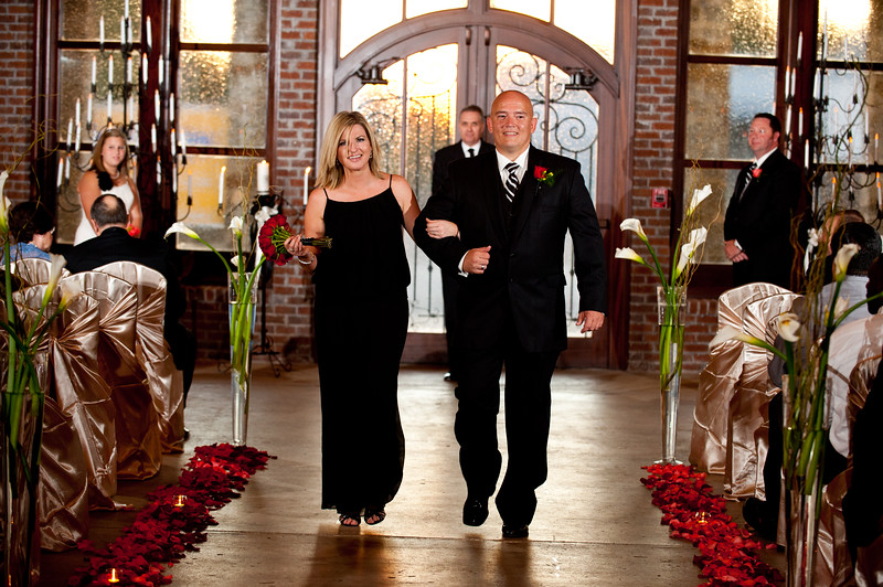 Jim and Robyn Wedding Day-256.jpg
