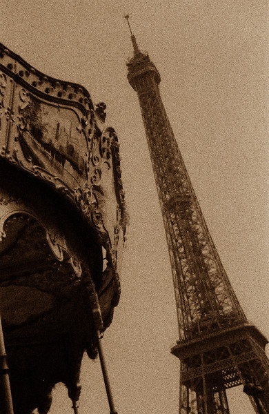 Paris, France: Eifel Tower