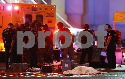 las-vegas-hospitals-swamped-with-victims-following-concert-attack