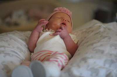 2015-12 - Violet First Pics