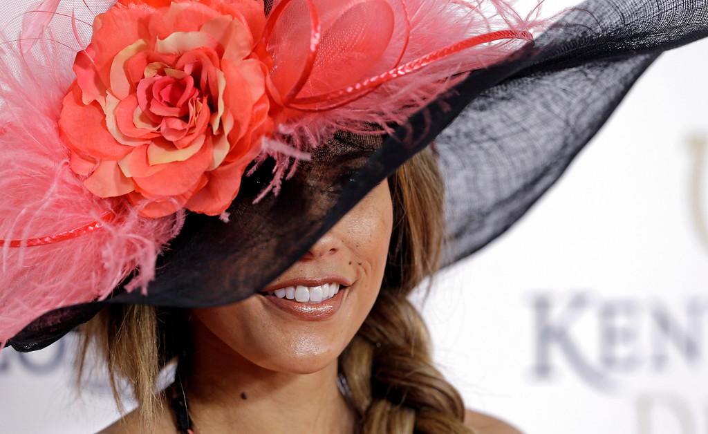 . Model and television personality Bonnie Jill Laflin arrives to attend the 139th Kentucky Derby at Churchill Downs Saturday, May 4, 2013, in Louisville, Ky. (AP Photo/Darron Cummings)