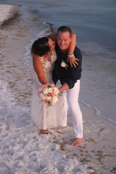 Vetor Wedding - Bride/Groom